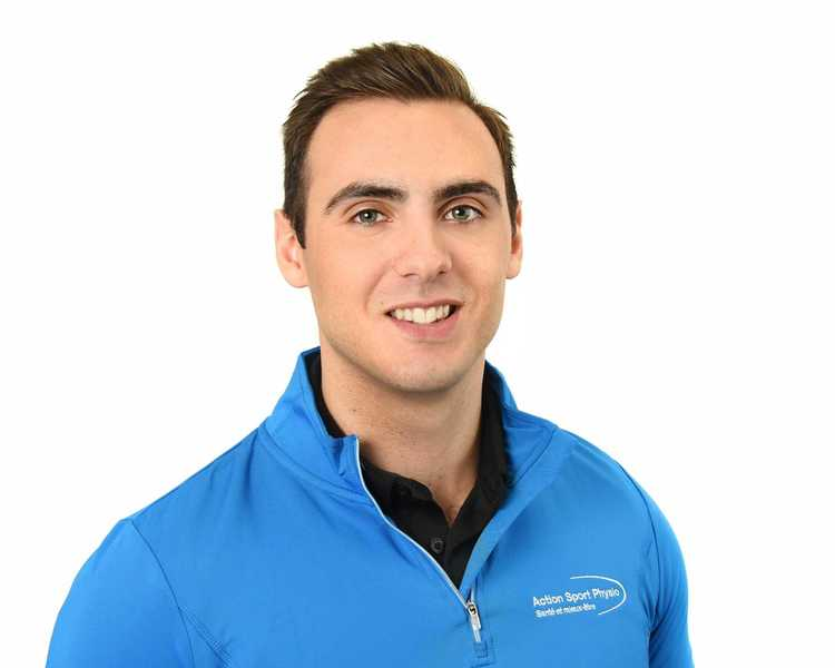 Picture of Andrew Santalucia Athletic Therapist at the Action Sports Physio Montreal West clinic