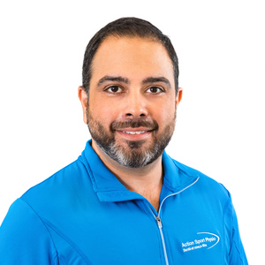 Picture of Christos Papazoglou Osteopath at the Action Sport Physio Saint-Eustache / Deux-Montagnes clinic