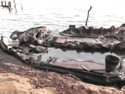 Twenty-five boats used for sand mining torched in Manampitiya