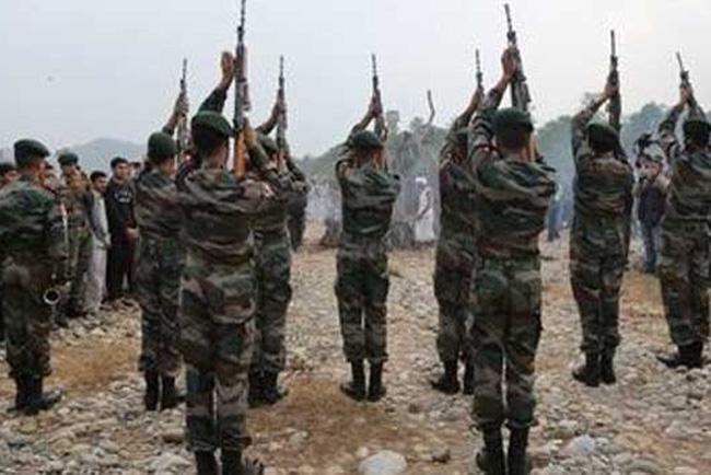 போர் எதுவும் நடக்காமல் இந்தியாவில் வருடத்துக்கு 1600 வீரர்கள் பலி