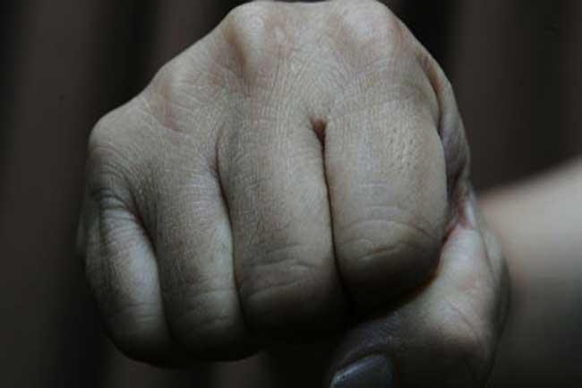 பிரதேச சபை தவிசாளர் மற்றும் எதிர்கட்சி தலைவர் வைத்தியசாலையில் அனுமதி