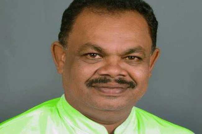ஐக்கிய தேசிய கட்சியின் 20 இற்கும் அதிக உறுப்பினர்கள் மஹிந்தவுக்கு ஆதரவு