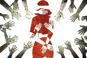 கேரளாவில் ஒரு நாளைக்கு 5 பெண்கள் கற்பழிப்பு