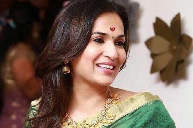 மகள்  திருமணம் - பொலிஸ் பாதுகாப்பு கேட்டு ரஜினி மனைவி மனு