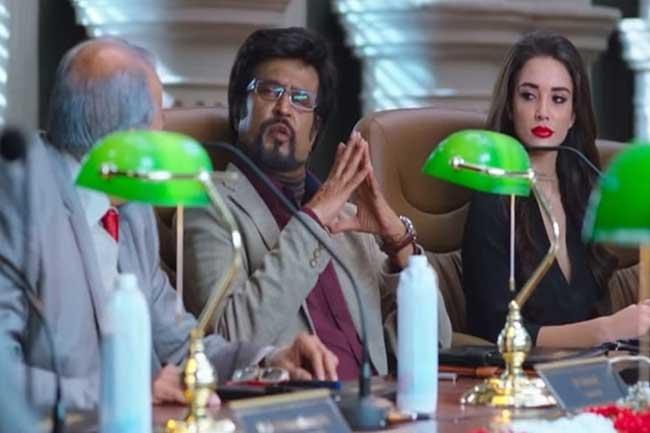 2.0 திரைப்படத்தின் போஸ்டரை பகிர்ந்த இங்கிலாந்து பொலிஸார்