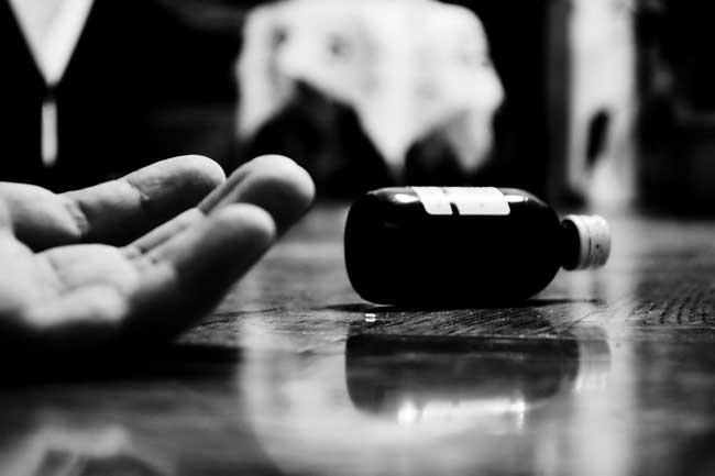கொக்கட்டிச்சோலை பொலிஸ் அதிகாரி கொலை - சந்தேக நபர் சிறைச்சாலையில் தற்கொலை முயற்சி