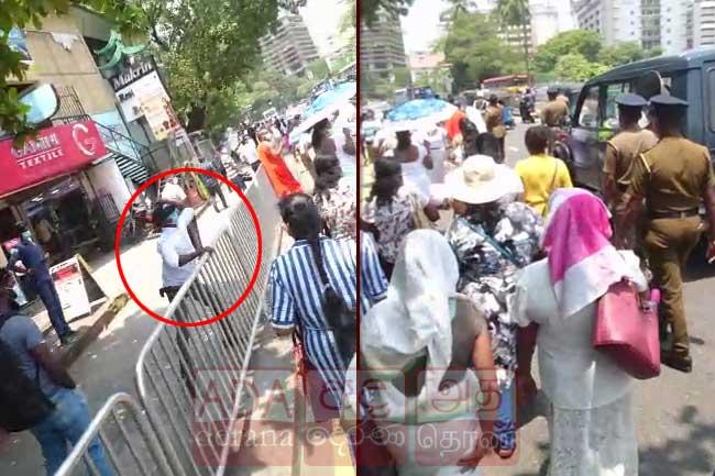 கெமராவில் சிக்கிய பொலிஸ் ஜீப் மீது கல்லெறிந்த நபர்!