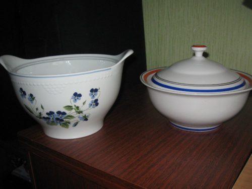 2 фарфоровые супницы