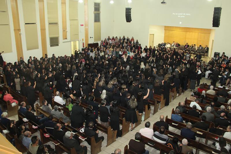 Culto da UEMADEPAR-União das Esposas de Ministros Evangélicos das Igrejas Assembleias de Deus no Estado do Paraná