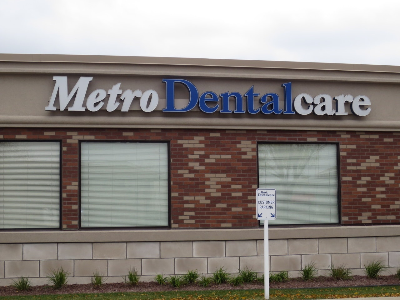 Metro Dentalcare Apple Valley Cedar