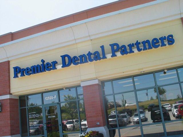 Premier Dental Partners West County - Olive Blvd