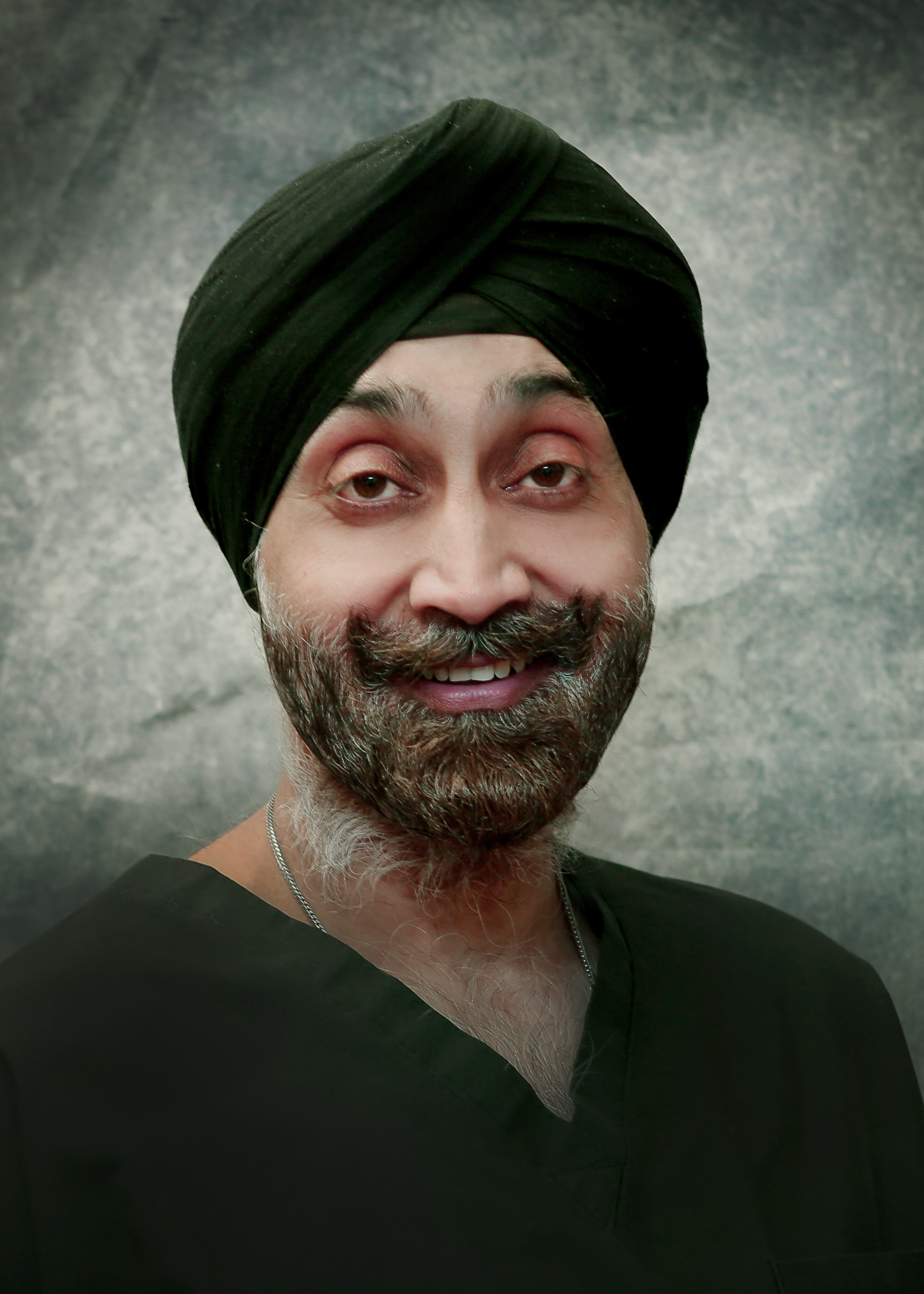 Amritpal (Paul) Johar, DMD