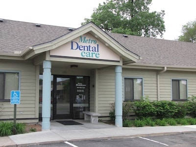 Metro Dentalcare Brooklyn Center