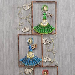 Well Designed Multicolor Three Musician Dolls Framed Iron Wall Hanging size - 21x53In - 21x53