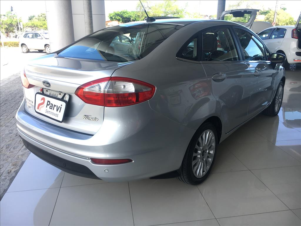 FIESTA 1.6 TITANIUM SEDAN 16V FLEX 4P POWERSHIFT