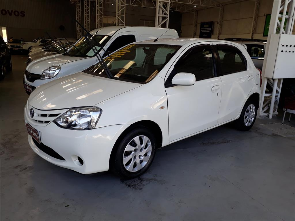 TOYOTA ETIOS 2013 - 1.3 16V FLEX 4P MANUAL