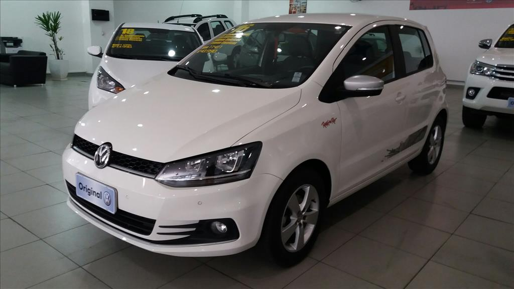 VOLKSWAGEN FOX 2016 - 1.6 MI ROCK IN RIO 8V FLEX 4P MANUAL