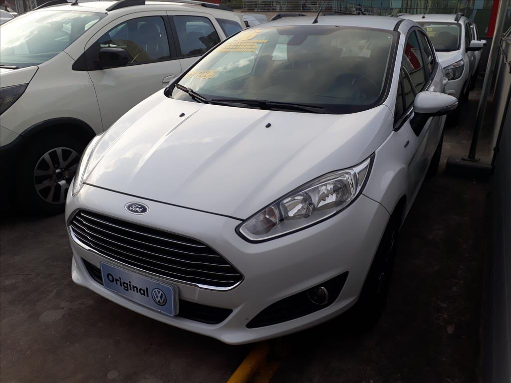 FORD FIESTA 2016 - 1.6 TITANIUM HATCH 16V FLEX 4P POWERSHIFT