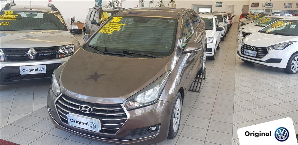 HYUNDAI HB20S 2016 - 1.6 COMFORT PLUS 16V FLEX 4P MANUAL