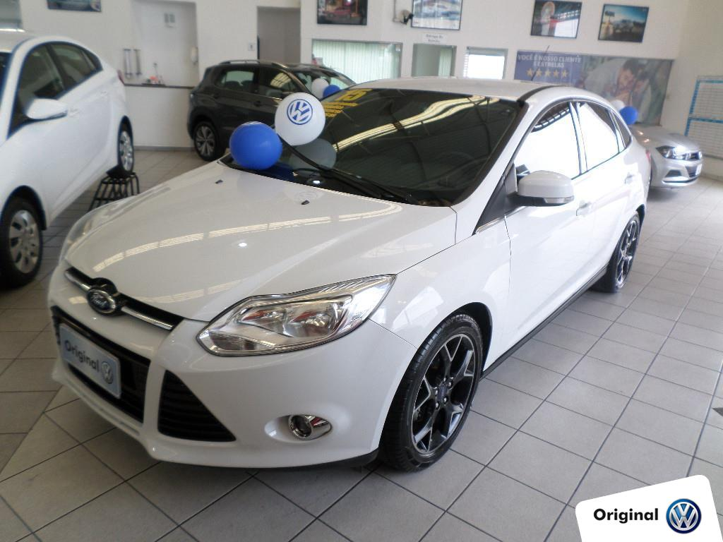 FORD FOCUS 2015 - 2.0 TITANIUM SEDAN 16V FLEX 4P AUTOMÁTICO