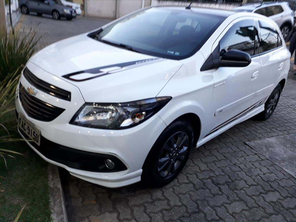 CHEVROLET ONIX 2015 - 1.4 MPFI EFFECT 8V FLEX 4P MANUAL