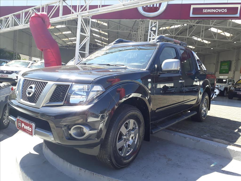 NISSAN FRONTIER 2013 - 2.5 SV ATTACK 10 ANOS 4X4 CD TURBO ELETRONIC DIESEL 4P MANUAL