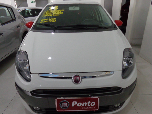 FIAT PUNTO 2014 - 1.8 SPORTING 16V FLEX 4P MANUAL