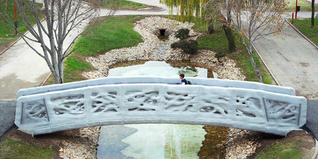 construction technology 2017 Gaudí-inspired pedestrian footbridge