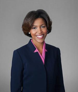Evie Hightower, Secretary