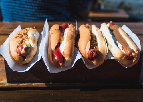 4 icelandic hot dogs in Reykjavik