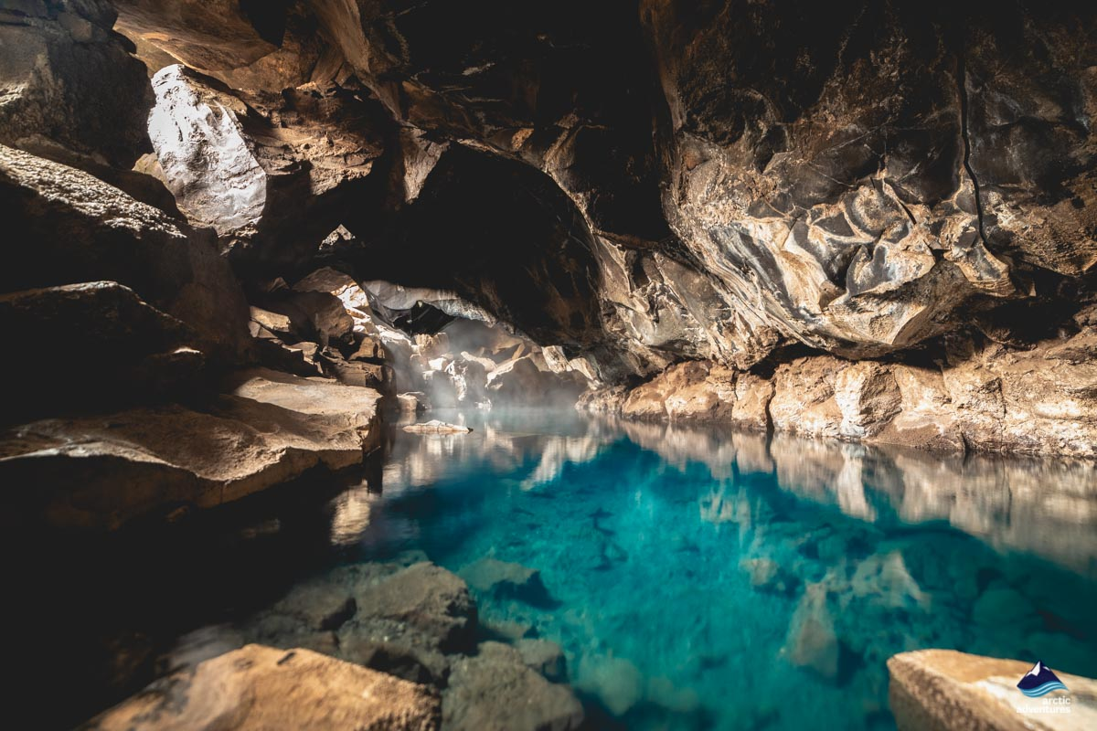 3-Day Tour in the North visiting Grjotagja Cave and Hot Spring