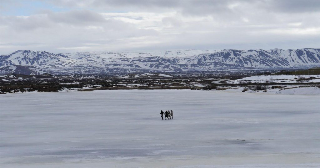 Lake-myvaten-winter-iceland