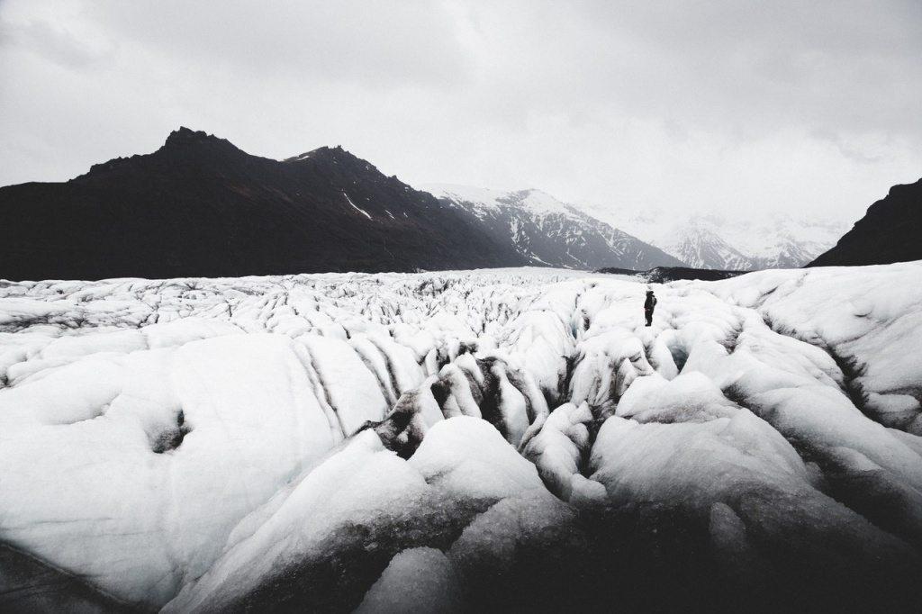 Svinafellsjokull-glacier-iceland