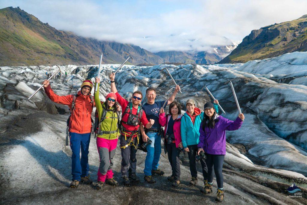 glacier tour on svinafellsjokull iceland
