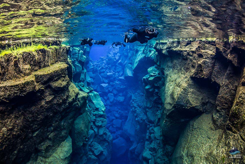 Snorkeling between the continents