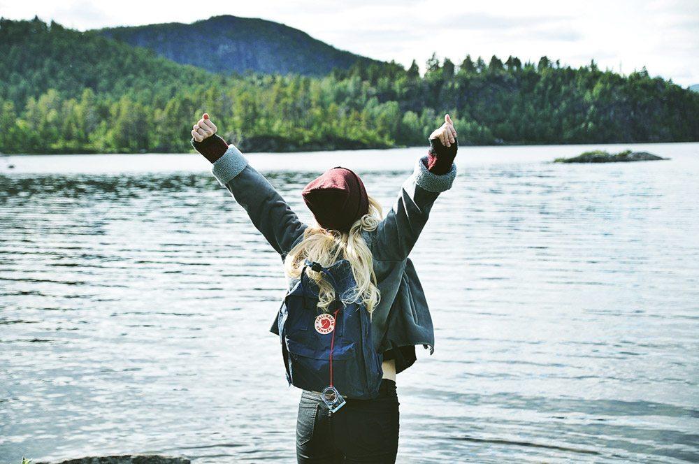 Female solo traveler in Iceland