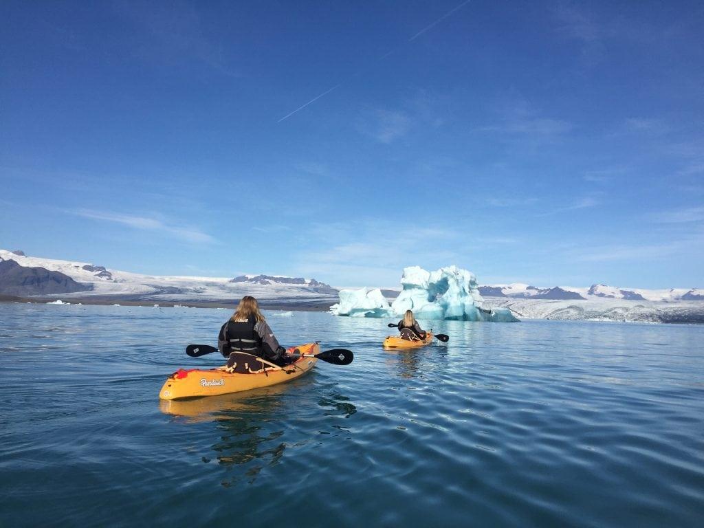 kayaking-jokulsarlon-glacier-lagoon-Iceland