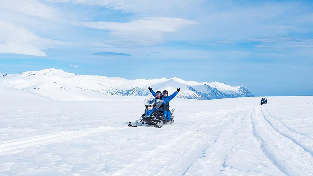Snowmobile tour on Vatnajökull