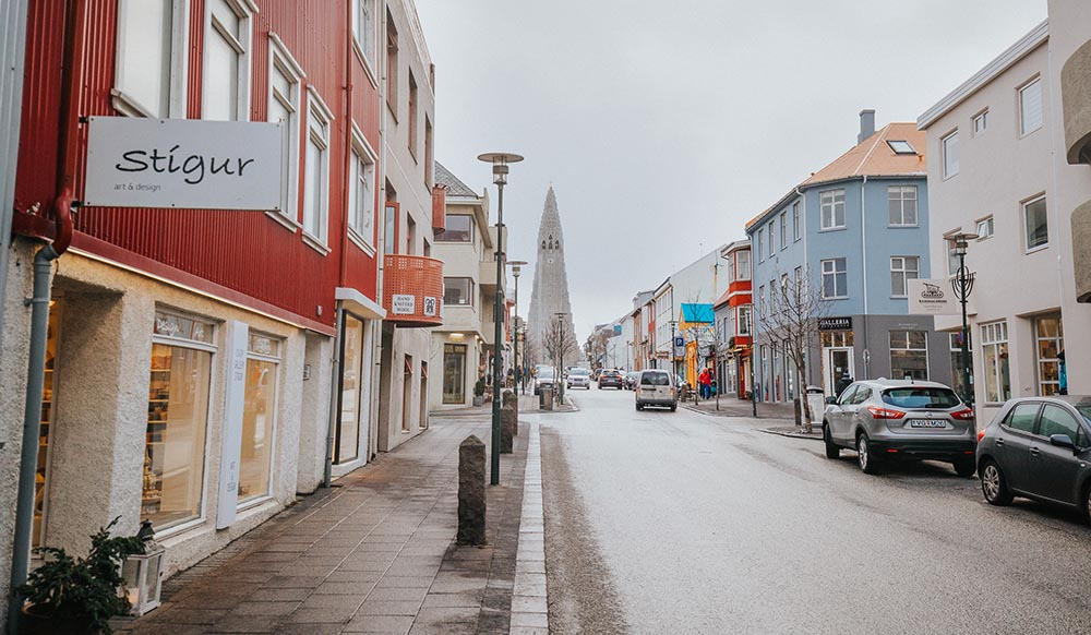 shops and restaurants in downtown Reykjavik