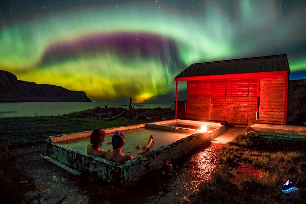 Hot Springs - Iceland's most refreshing Welness activity