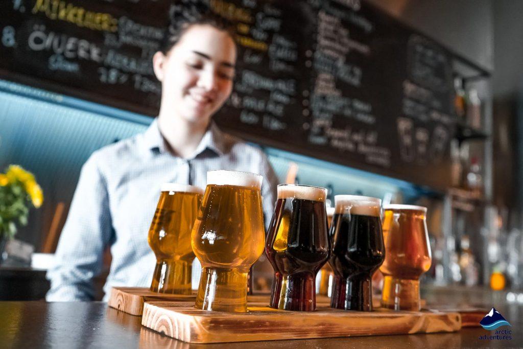 Pub crawl craft beer