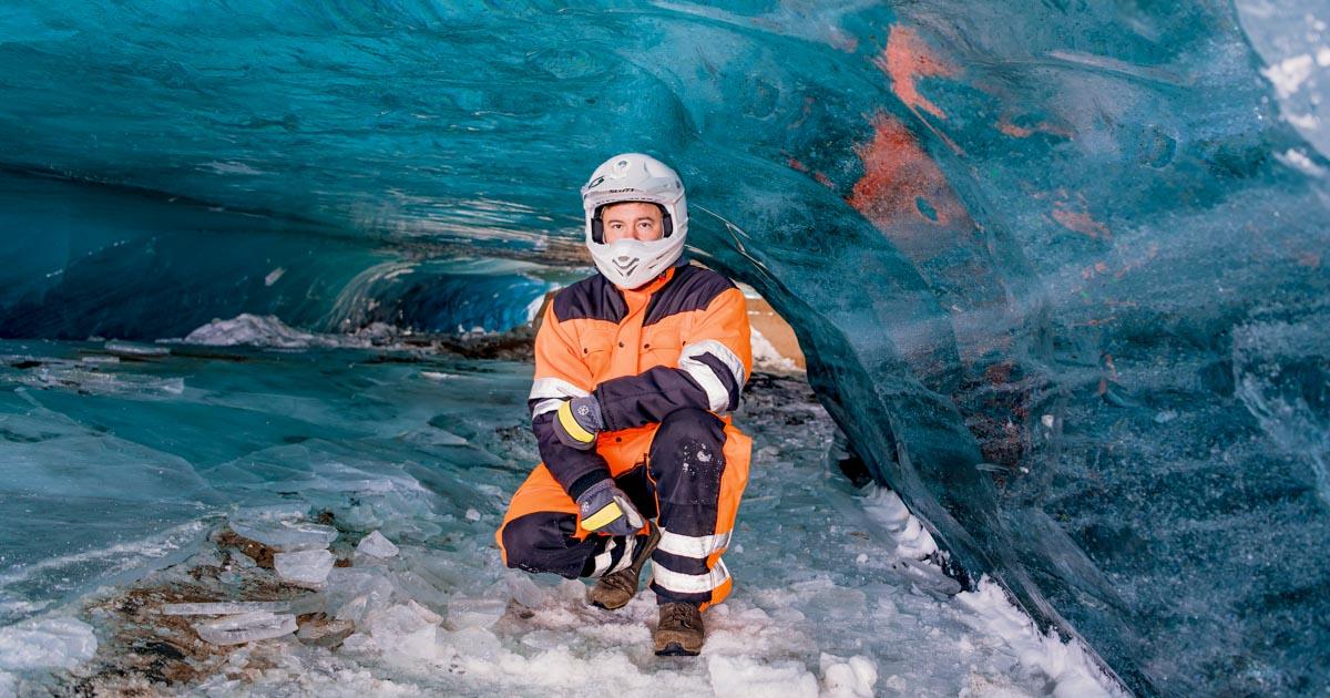Glacier Snowmobile & Ice Cave