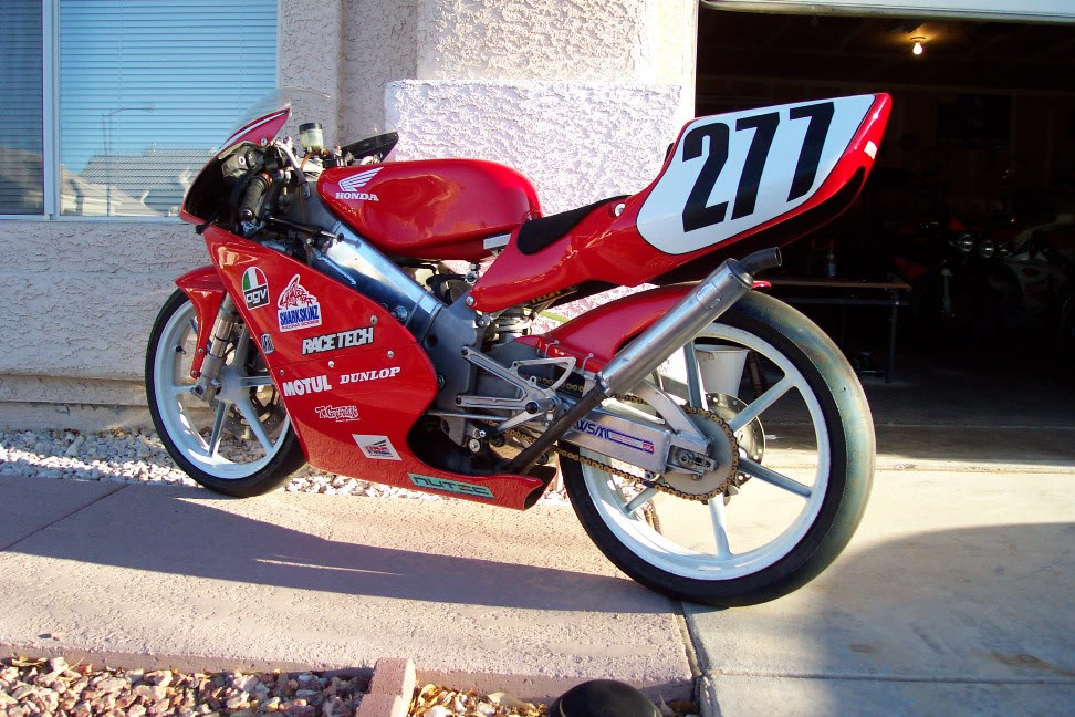 Motorradpedal Beinst/ütze Fu/ßplatte Fu/ßst/ütze Motorrad hinten Pedal Passend f/ür Shadow ACE VT400 750 1997-2003 Tbest Motorrad Fu/ßrasten
