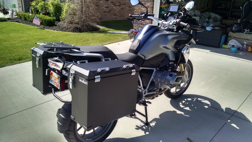 BUMOT Aluminum and Soft Luggage Systems - Available in the
