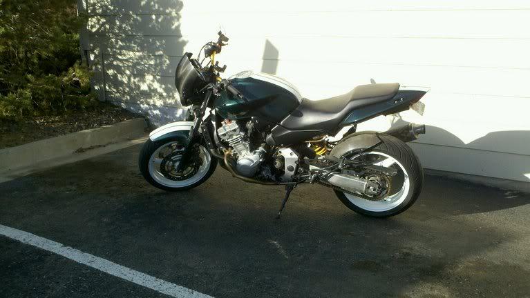 CB750 or CX500   Cafe racer bikes, Cb750 cafe racer, Cafe