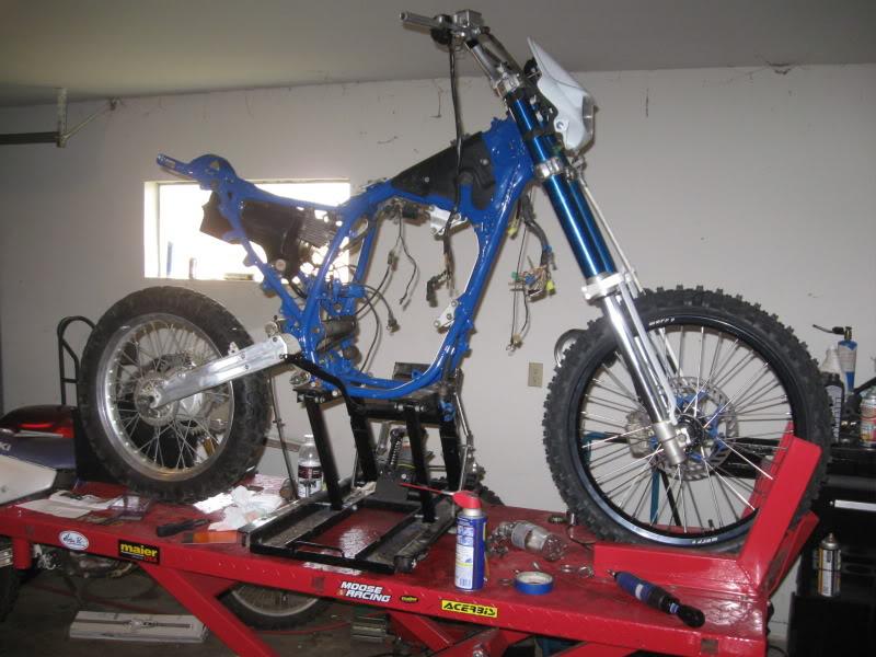 Motorcycle lift   Handy vs  Atlas   Adventure Rider