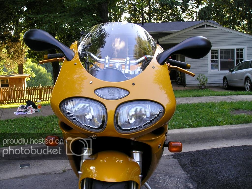 Triumph Daytona 955I | Page 3 | Adventure Rider