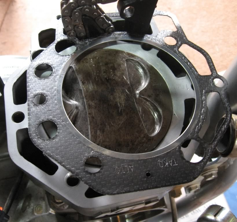 Fixing the 640 base gasket, and more    | Adventure Rider