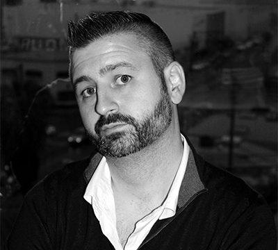 Black-and-white headshot of Jeff Pray