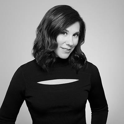 Photo of Lisa Valentino}